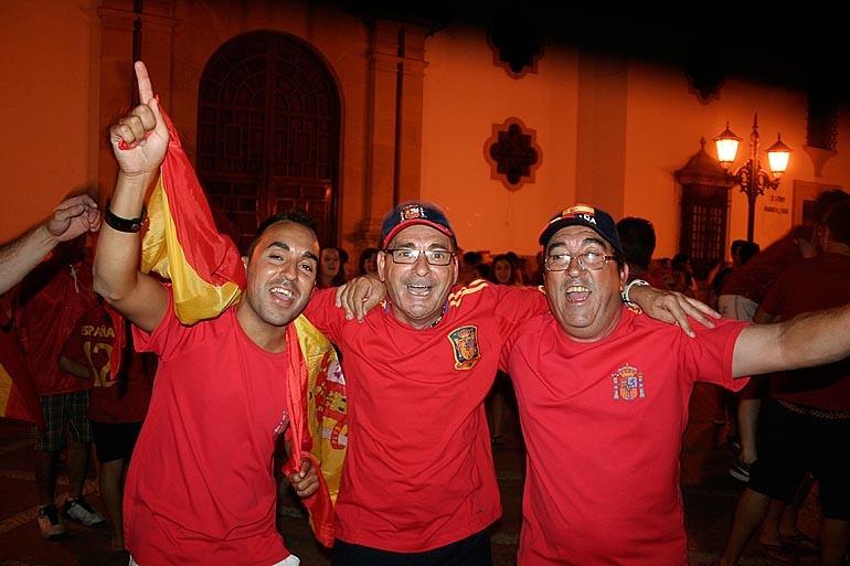 108_20100717/copa-del-mundo/futbol_campeones-del-mundo_20100707_030.jpg