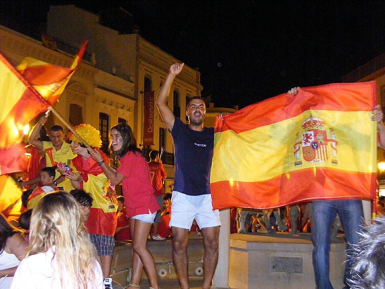 108_20100717/copa-del-mundo/futbol_campeones-del-mundo_20100711_046.jpg