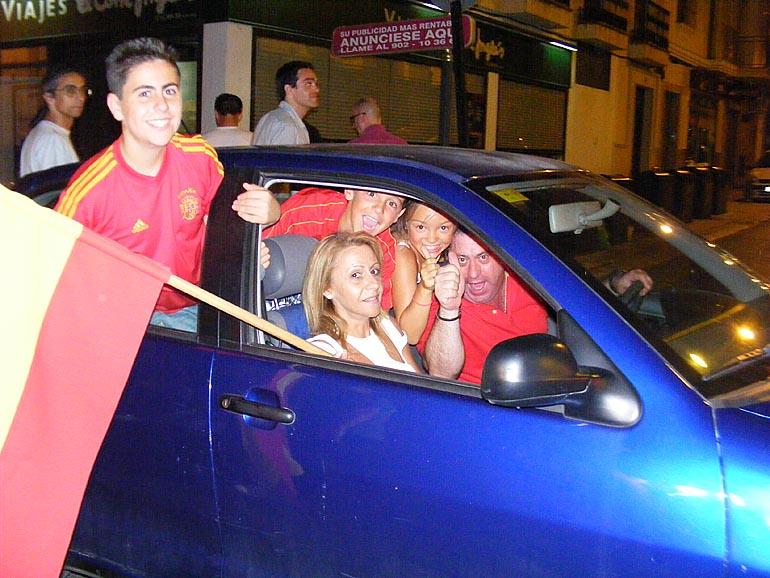108_20100717/copa-del-mundo/futbol_campeones-del-mundo_20100711_050.jpg