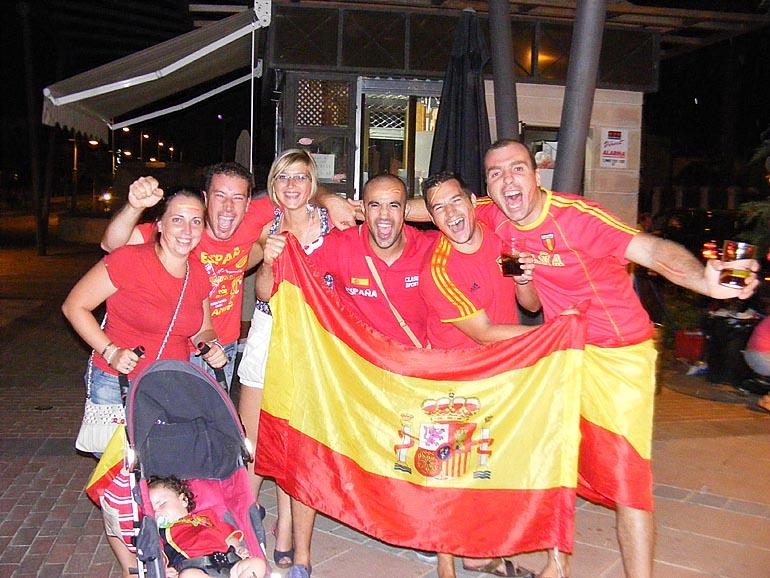 108_20100717/copa-del-mundo/futbol_campeones-del-mundo_20100711_054.jpg