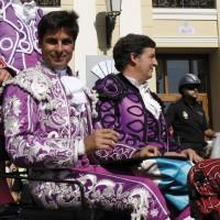 Francisco Rivera recibió mucho cariño en su entrada al coso taurino.
