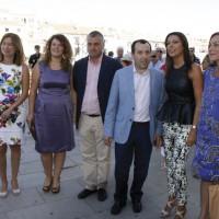Mª Paz Fernández recibió a los políticos del PSOE que asistieron a la Goyesca.