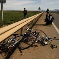 Estado en el que quedaron las dos bicicletas tras ser arrolladas por el vehículo,