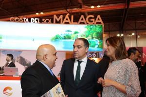 Visita del presidente de la Diputación de Málaga, Elías Bendodo.