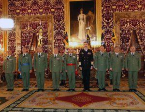 Acto de entrega de los distintivos a los distintos tercios legionarios.