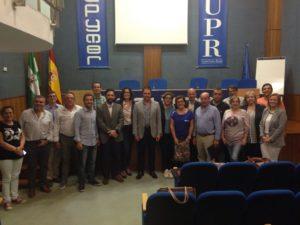 Alcaldes y concejales de la comarca de Ronda en la reunión.