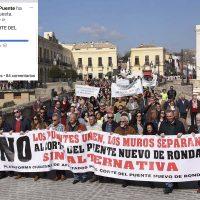 Imagen de la multitudinaria manifestación contra el corte del Puente Nuevo.