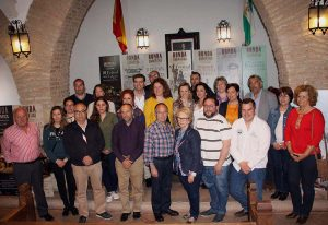 Alcaldes de la comarca y distintos organizadores del evento.