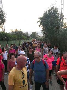 Numerosas personas participaron en la actividad.