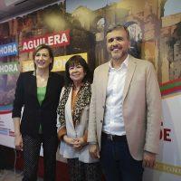 Isabel Aguilera, candidata del PSOE, insiste en la necesidad de soterrar las vías del tren y que Ronda sea la sede del Parque Nacional Sierra de las Nieves
