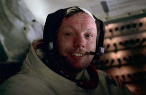 Armstrong en el Módulo Lunar. (NASA).