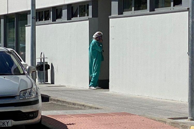 La pandemia sigue sin freno en Ronda donde ya hay 617 casos activos, una tasa de incidencia de 1.821 y un nuevo fallecimiento