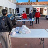 Bienestar Social y Cruz Roja realizan un nuevo reparto de alimentos a más de 360 familias con dificultades