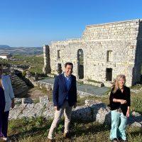 El presidente andaluz anuncia una inversión de 500.000 euros para la puesta en valor del yacimiento de Acinipo