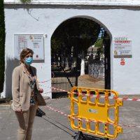 El Ayuntamiento realiza la reparación de parte del tejado del patio 2 del Cementerio de San Lorenzo