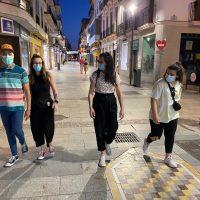 La mascarilla será obligatoria en los paseos por la playa y si se realiza deporte en grupo con sanciones de 100 euros para los infractores