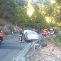 Cinco personas resultan heridas tras colisionar dos vehículos en la carretera A-397 Ronda-San Pedro de Alcántara