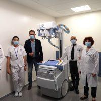 El Hospital recibe un equipo de radiología portátil donado por Endesa para la lucha contra el Covid-19