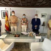 La alcaldesa y el gerente del SAS analizan la situación sanitaria de Ronda tras la crisis