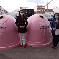 Ronda se suma a la campaña de Ecovidrio y ya tiene en sus calles contenedores temáticos para combatir el cáncer de mama