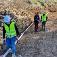 Comienzan los trabajos de reparación de los caminos públicos de 'Calvente' y del Puente de Los Molinos del Tajo