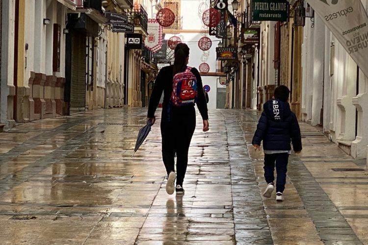 La alcaldesa pide a la Junta el cierre temporal de colegios e institutos de Ronda ante el incremento de contagios Covid