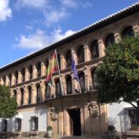 El Ayuntamiento convoca un concurso oposición para cubrir una plaza de informático