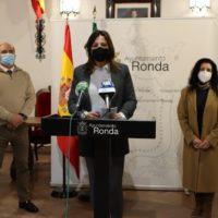 El Ayuntamiento ayudará a los comerciantes afectados por el cierre de sus negocios con una subvención directa de 1.500 euros