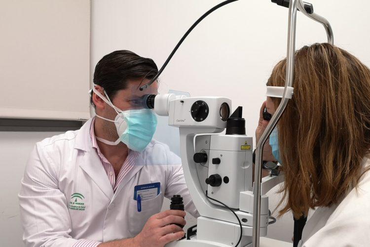 El Hospital de la Serranía incorpora nuevos equipamientos para los Servicios de Oftalmología y de Urología