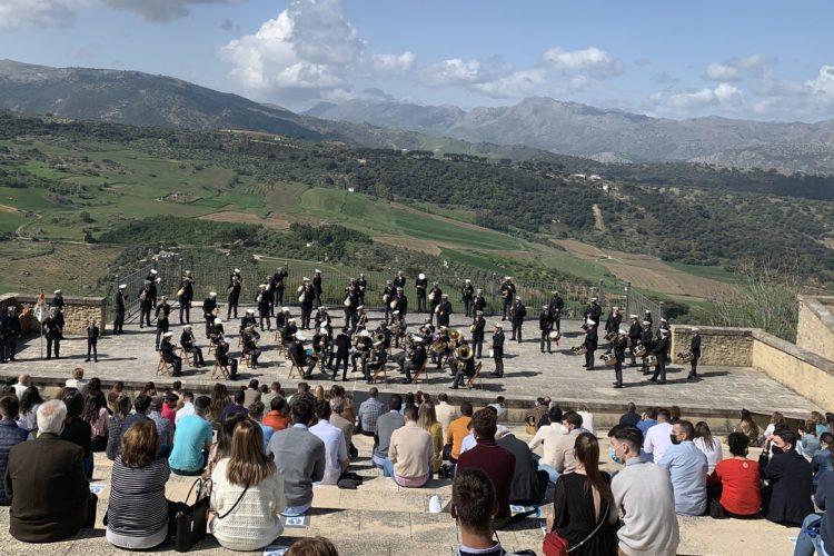Ronda ofrece un concierto de marchas procesionales como homenaje a los cofrades por el esfuerzo realizado esta Semana Santa