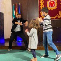 Cultura trae al Teatro Espinel un espectáculo de magia de 'Fran Qué' y el humor de Miguel Ángel Martín