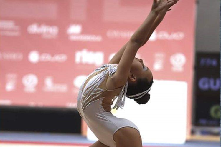 Zaida Guerrero y Eva Barea, del Club Agra, se colocan entre las mejores gimnastas de España