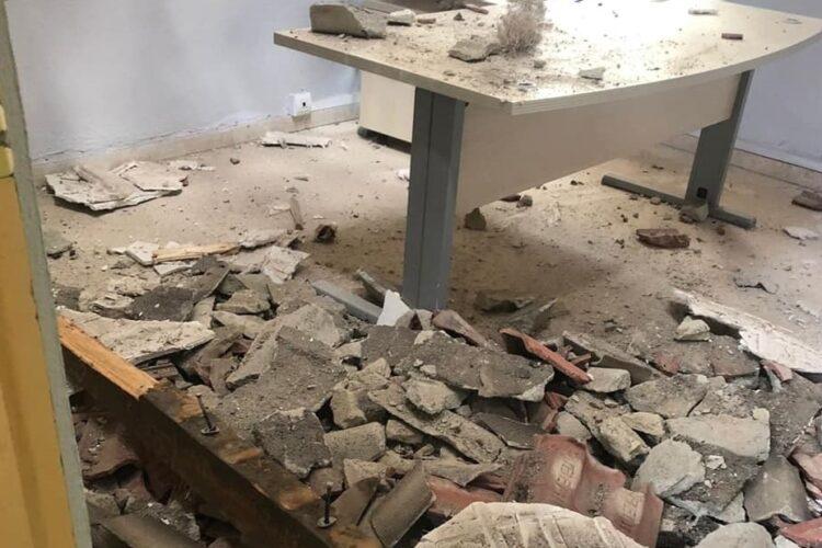 Se desploma parte del techo de la zona de oficinas del instituto Rodríguez Delgado