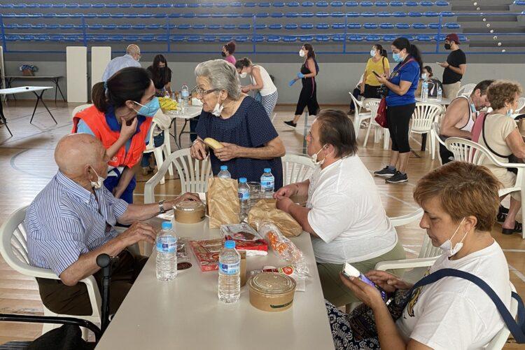 El Ayuntamiento aloja en hoteles, residencias y casas rurales a más de cien evacuados de los pueblos afectados por el incendio